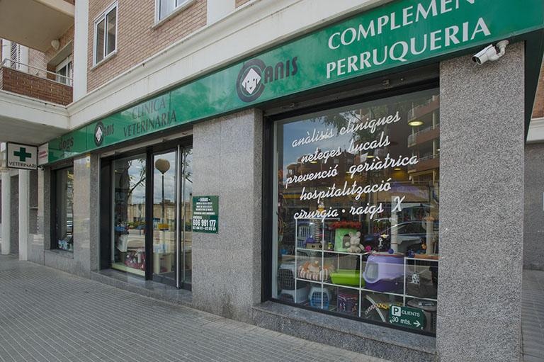 Clínica Veterinària Canis & Dogs (Figueres)
